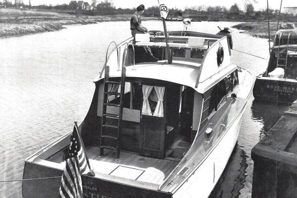 40' Wheeler Motor Yacht